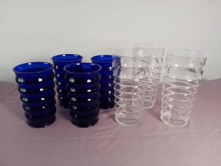lot Of 7 Plastic Drinking Cups   4 Blue Plastic Cups With Ridges   3 Clear Plastic Cups With Ridges