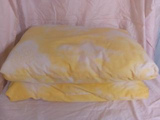 lot of 2 Sears Billow Pillows   Color in Yellow