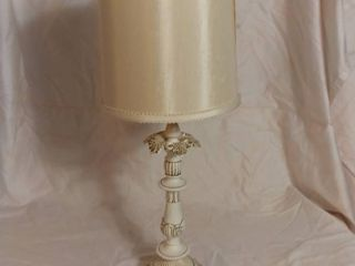 White and Grey Metal Antique Desk lamp   Powers On
