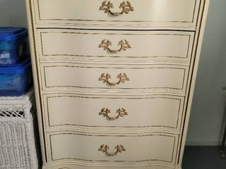 Bassett Furniture French Provincial Chest of Drawers