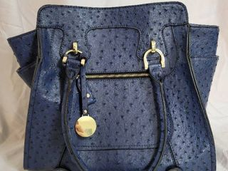 Navy london Fog Osterage Style Purse   Gently Used