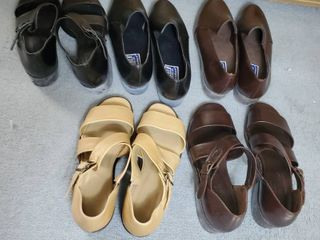 lot of 5 Pairs of Woman Shoes