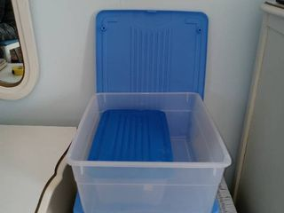 lot Of 4 Blue lidded Totes 2 Small 2 Med