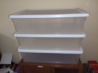 3 Sterlite Clearview 32 Quart Storage Containers