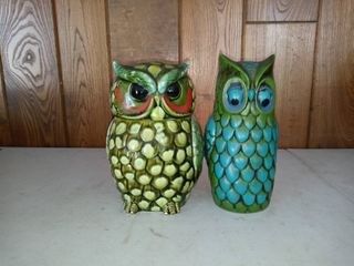 Nice lot Of 2 Owl Pieces Cookie Jar And Change Bank
