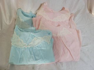 lot of 4 Womans Nightgowns  2 Blue 2 Pink