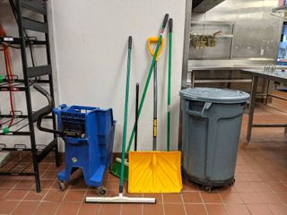 Rubbermaid Brute Trashcan  Moo Bucket  Snow Shovel and More