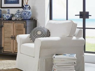 Porch   Den Zuni Arm Chair with Removable Slip Cover White  Retail   506 99
