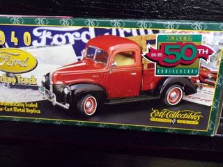 1940 FORD DIE CAST TRUCK