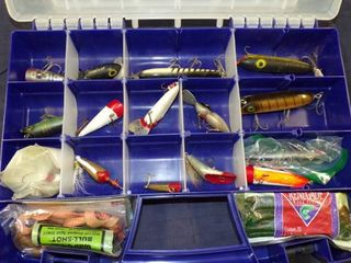 USED FISHING lURES   SOME WOOD