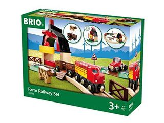 BRIO 33719 Farm Railway Set   Toy Train Set for Kids Age 3 and Up Green