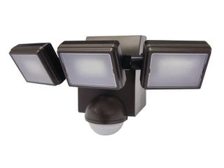 Defiant 1000 lumen 180  Degree Outdoor Bronze lED Battery Motion Activated Outdoor Flood light