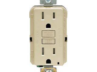 leviton R91 GFTR1 0KI 15 Amp Ivory SmartlockPro Self Test GFCI