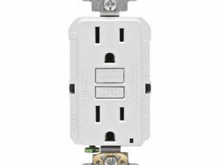 leviton 15 Amp 125 Volt Duplex Self Test Slim GFCI Outlet  White  4 Pack