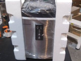 Frigidaire   14  26 lb  Freestanding Icemaker   Stainless steel