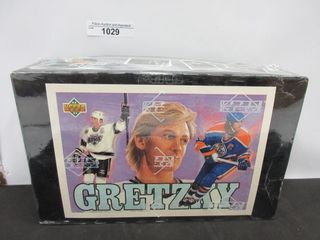 HOCKEY CARDS  1992 93  GRETZKY  UPPER DECK