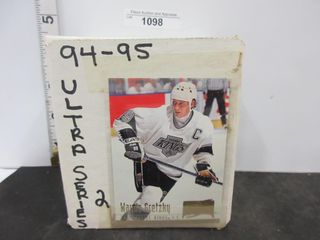 HOCKEY CARDS  1994 95