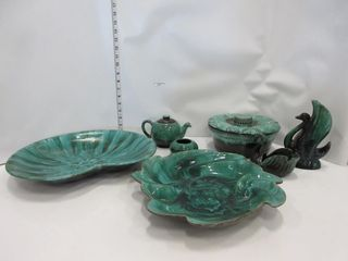 lOT  BlUE MOUNTAIN POTTERY