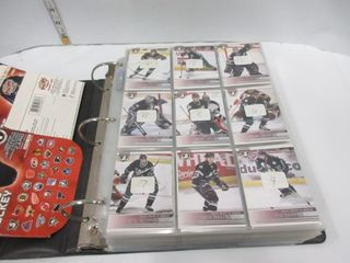HOCKEY CARDS  2005  PACIFIC