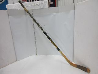 HOCKEY STICK  lEMIEUX