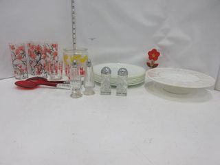 lOT  PlATES  GlASSES  MISC