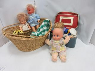 lOT  BASKET  DOllS  DOll ClOTHES  MISC
