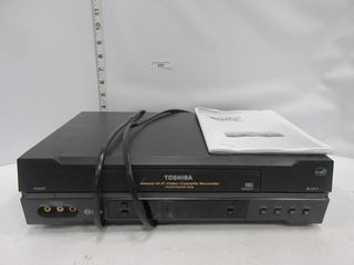 VIDEO CASSETTE RECORDER   TOSHIBA