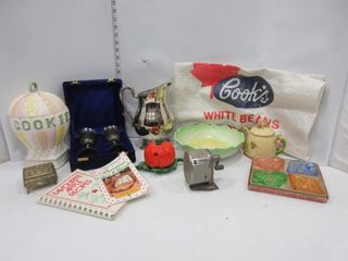 lOT  COOKIE JAR  COOK BOOK  MISC