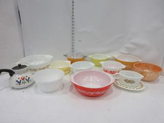 lOT  PYREX DISHES  MISC