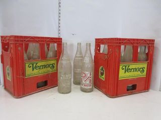 2 VERNERS POP CASES W  BOTTlES