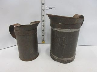 2 STEEl PITCHERS