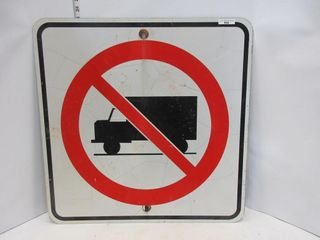 SIGN  NO TRUCKS