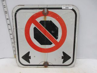 SIGN  NO STOPPING DOUBlE ARROW