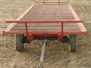 Hay Wagon with Mesh Floor