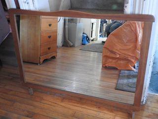 Maple Frame Dresser with Tilting Mirror