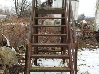 Seven Step All Steel Portable Stairs