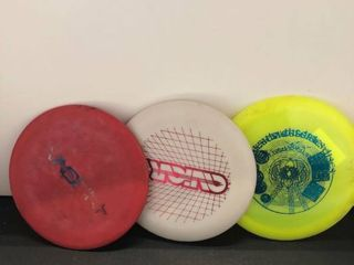 Disc golf frisbees