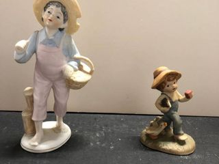 Set of 2 figurines