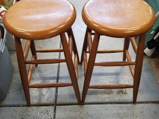 Set of 2 bar stools 24  tall