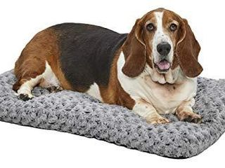 MidWest Homes for Pets Deluxe Dog Beds   Super Plush Dog   Cat Beds Ideal for Dog Crates   Machine Wash   Dryer Friendly  1 Year Warranty