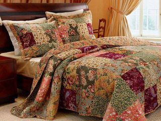 Greenland Home Fashions Antique Chic Quilt and Pillow Sham Set  2 Piece Twin Twin Xl