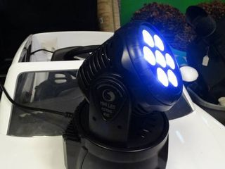 Mini lED Moving Head Spotlight