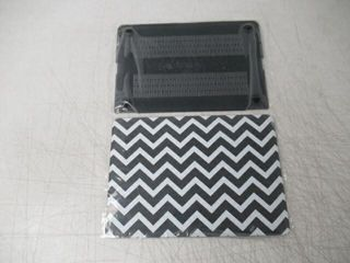 Unik Shell Case For 13 Macbook  Black White