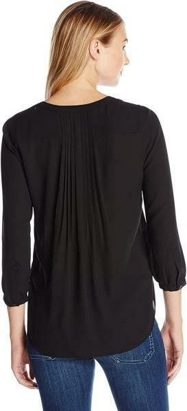 NYDJ Women s lG 3 4 Sleeve Henley Pleat Back
