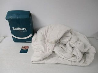 Used  Bedsure Queen Comforter  White