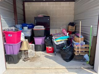 iStorage San Antonio, Rigsby Ave. Storage Auction