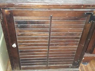 Springer Penquin Inc  Wooden Refrigerator   30 x 24 x 18 5