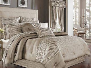 Five Queen Court Beaumont King Comforter Set Bedding