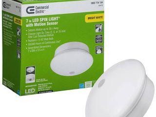 Commercial Electric Spin light 7 in  White lED Flush Mount Ceiling light Adjustable PIR Motion Sensor 830 lumens 4000K Bright White