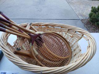 lot of 6 Rackets in Wicker Basket   2 Rackets for Tennis  4 for Badminton